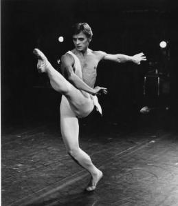Baryshnikov -- Then. Photo: Galeria de Bailarines.