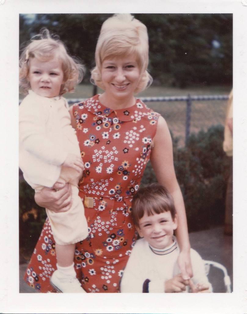 mom-in-70s